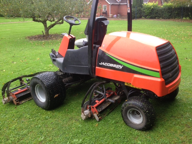 SOLD!!! JACOBSEN 3800 5 GANG MOWER 4WD
