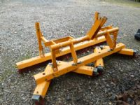 SOLD!!! SISIS BRUSH 6FT  ITEM 3 POINT LINKAGE