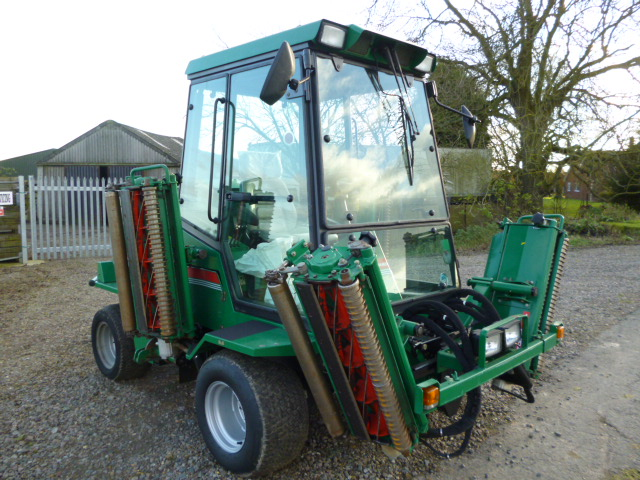 SOLD!!! RANSOME 3520 COMMANDER RIDE ON MOWER