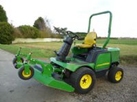 SOLD !! JOHN DEERE 1545 OUTFRONT MOWER