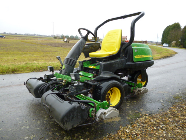 Sold    John Deere 2500a Greens Mower C W Boxes For Sale