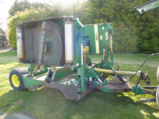 SOLD!!! MAJOR 1200 BATWING ROTARY MOWER